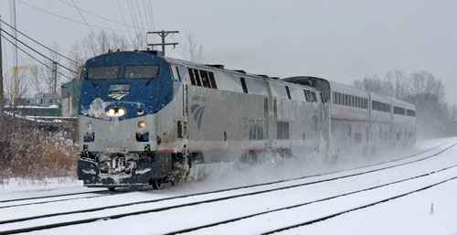 Amtrak Wolverine Train #350 passes through Ferndale in the snow on Jan.5, 2014. (Photo by Kenneth Borg)